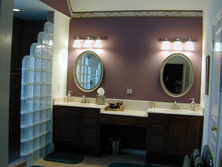 3 Benefits of Hiring Bathroom Designers for Your Bathroom Remodel